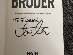 "Signiertes ""Bruder"""