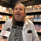 Gleich am Donnerstagnachmittag wurde Lee von Creepy Creatures Reviews interviewt.