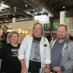 Danke an Anke Brandt und Wolfgang Brandt, die ein paar Fotos machten, bevor der Messetrubel richtig losging.