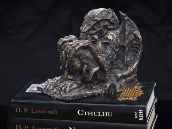 Cthulhu-Buchstütze 2